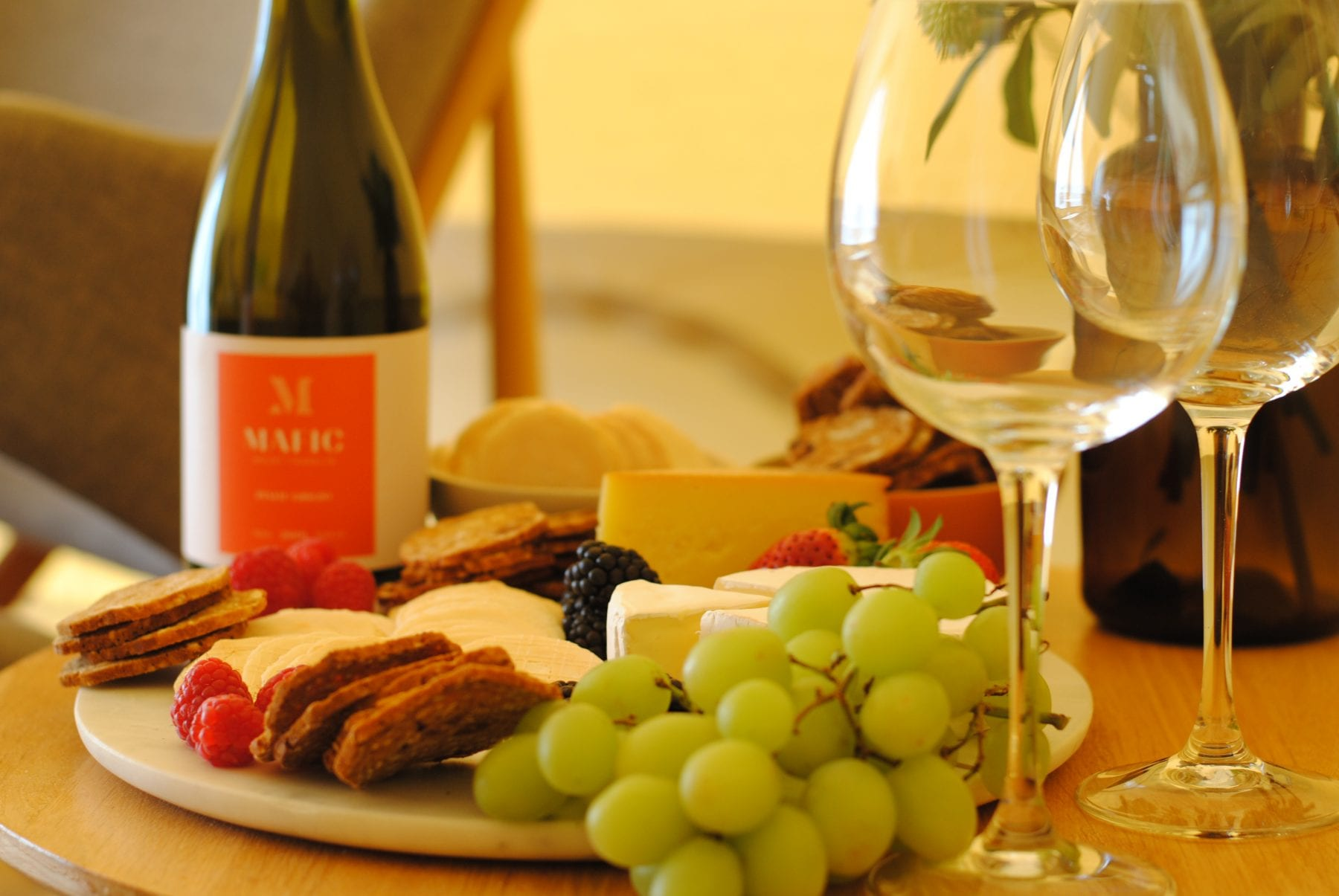Cosy Tents Glamping - Wine and Cheese package